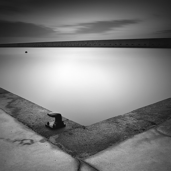 Black and white fine art landscape photo by Xavi Fuentes